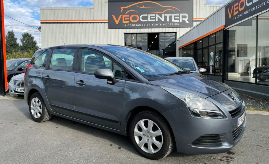 2011 Peugeot 5008 1.6 HDI 112cv confort 7 places